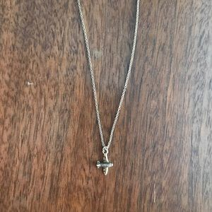 Airplane charm necklace (gold)